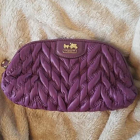 Coach Handbags - Coach Quilted nylon clutch